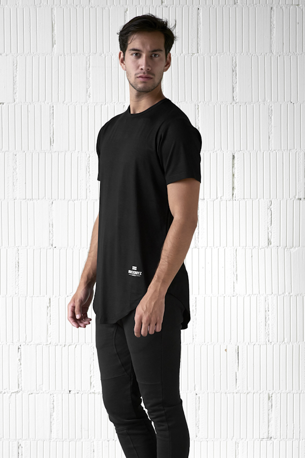 essential, t-shirt, shirt, fashion, zürich, nightlife, marco diener, supermarket, hive, spacemonki, coachella, burning man, rockboyz, finance, club, clubbing, festival, terrazzza, barcelona, ibiza, mykonos, ferrari, alt fashion, high fashion, fashionova, neue mode, cristiano ronaldo, black, schwarz, weiss, grün, green, white, grey, grau, cotton, viscose,